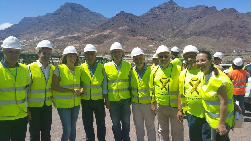 Visita institucional a las obras de la carretera de La Aldea