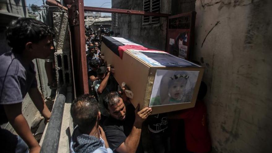18 Palestinos heridos en Gaza en el ataque israelí a un edificio de cinco plantas