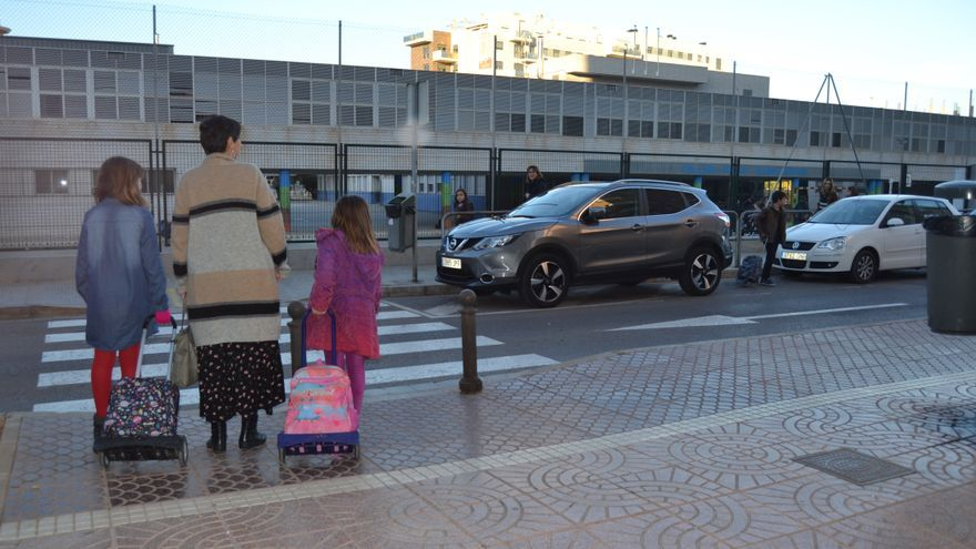 Hora de salida en un colegio de Castellón.