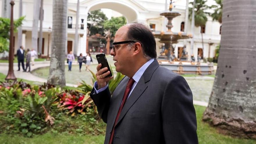 Alertan de una persecución del Gobierno venezolano contra jefe del Parlamento