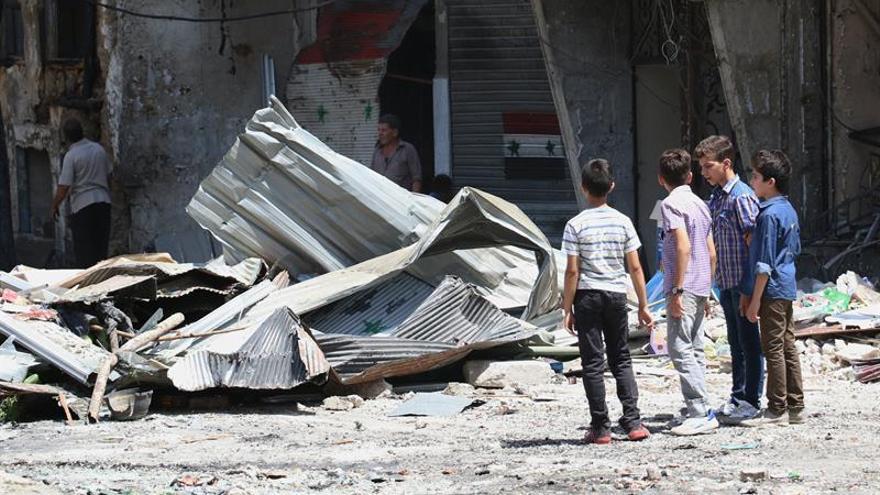 Una milicia kurda eleva a más de 50 los muertos por atentado de ayer del EI