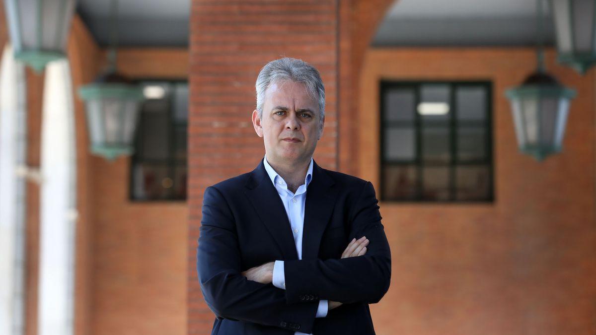 Héctor Illueca.
