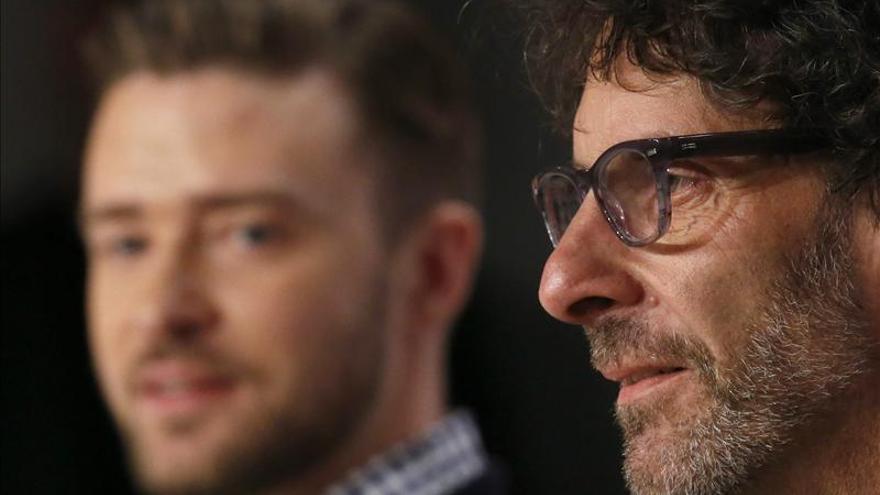 Los Coen dejan buen sabor en Cannes con una película pequeña y un gran actor