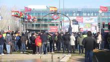 Concentración de taxistas en Fitur