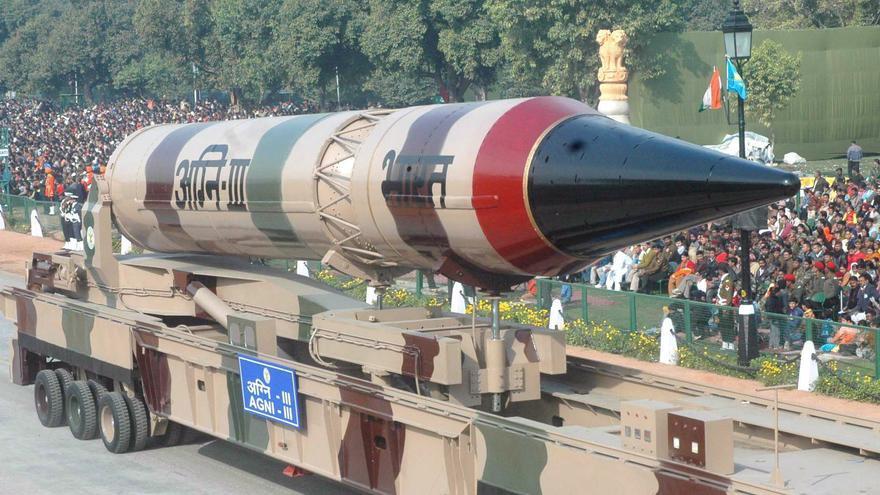 La India prueba por tercera vez misil nuclear con 3.000 km de alcance