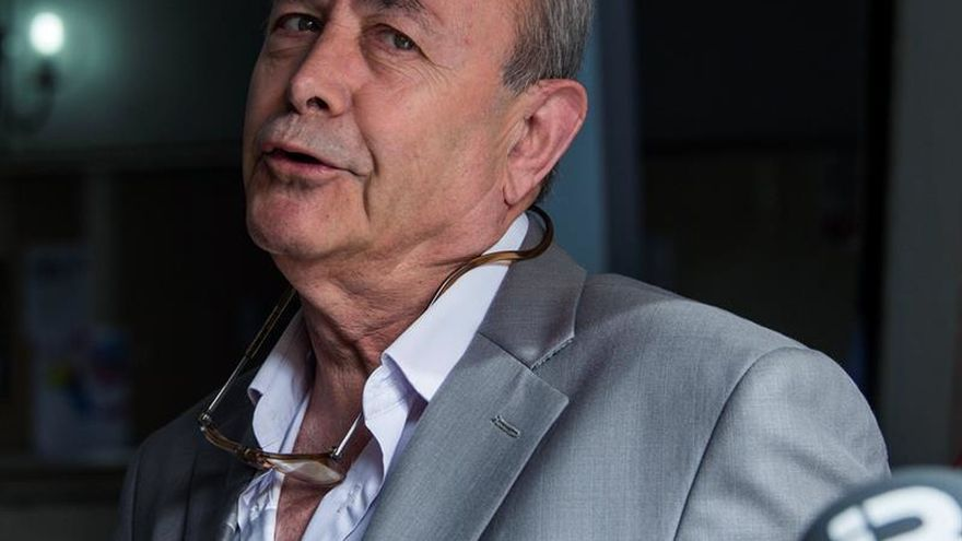 El juez Castro niega haber ido a un club de alterne y pide que se investigue