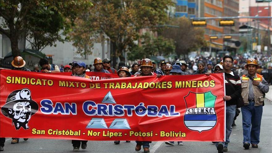 El Gobierno boliviano denuncia una conspiración tras 10 días de protestas sindicales
