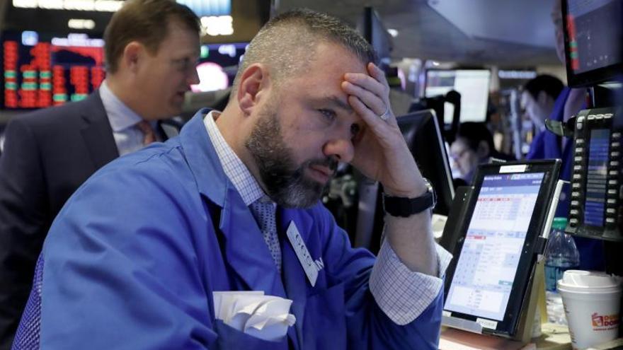 Wall Street empieza septiembre con pérdidas ante la escalada en la guerra comercial