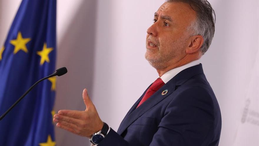 El presidente del Gobierno de Canarias considera que cualquier inmigrante que produzca violencia debe ser expulsado