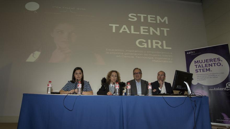 Treinta niñas participarán en la primera edición de STEM TALENT GIRL Cantabria
