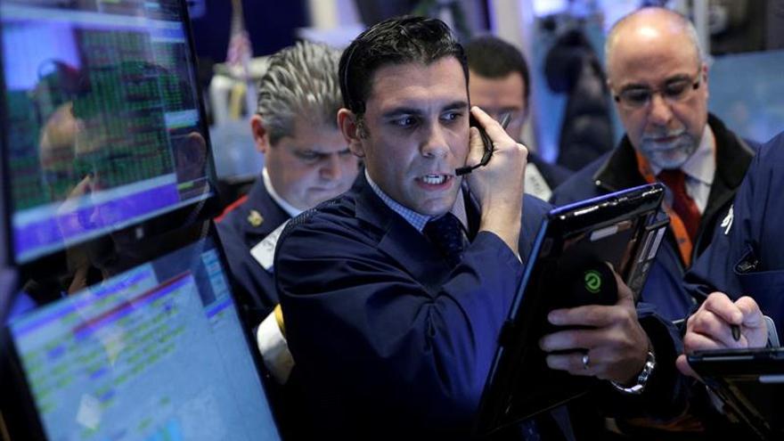 Wall Street abre con pérdidas y el Dow Jones baja un 0,60 %