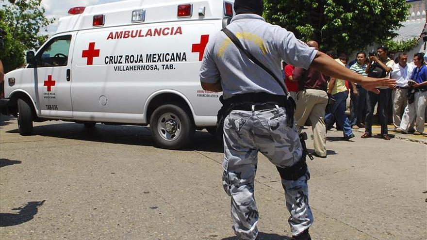 Una explosión en un ducto causa al menos 30 heridos en México