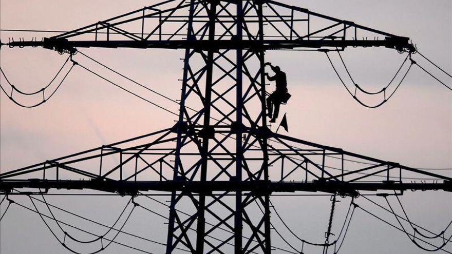 El déficit eléctrico hasta octubre asciende a 4.481 millones