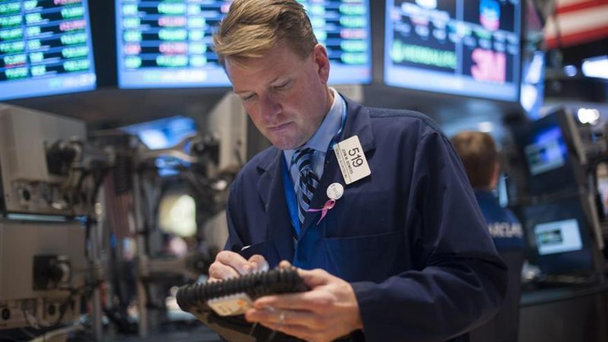 Wall Street abre a la baja y el Dow Jones cede un 0,11 %