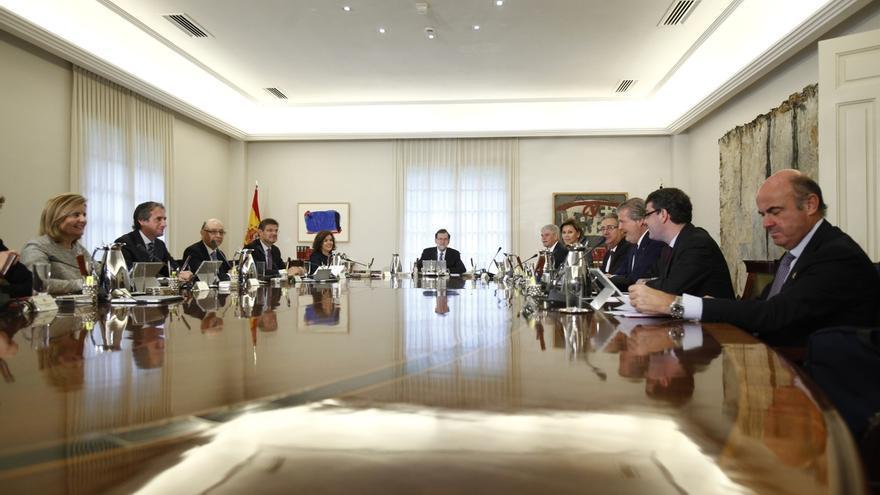 El Gobierno remodela la estructura de cuatro ministerios: Presidencia, Exteriores, Hacienda e Interior