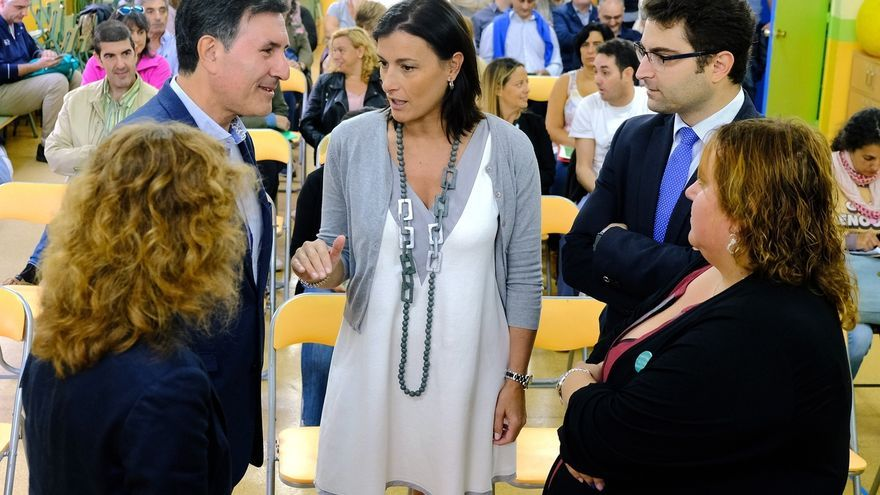 La alcaldesa de Santander pide a Mañanes un proceso de diálogo para consensuar el calendario escolar