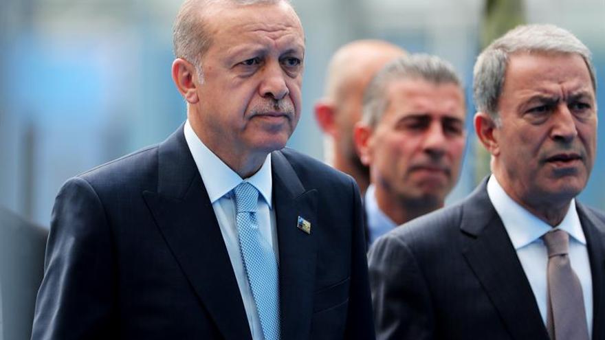 Erdogan asegura que la economía turca va bien y que la moneda se recuperará