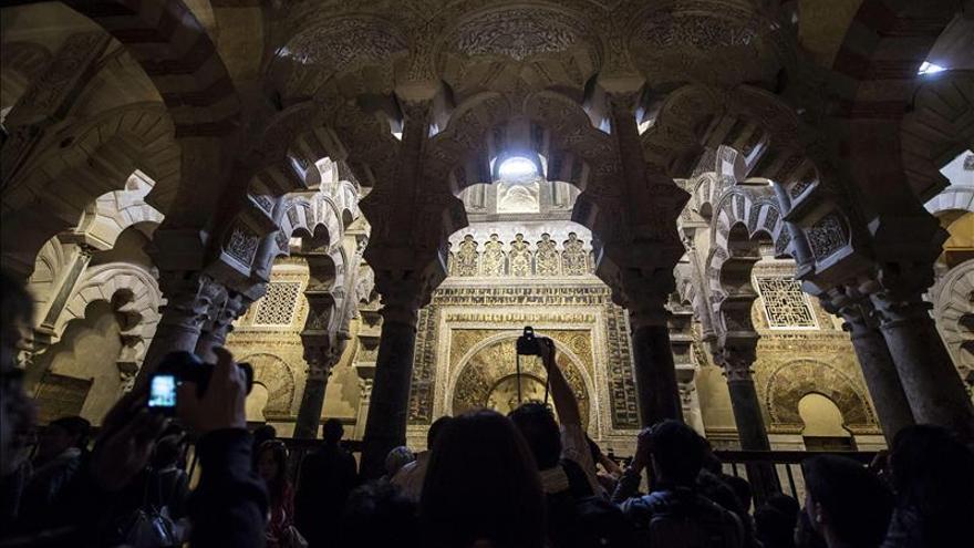 Plataforma promueve un recurso deinconstitucionalidad sobre la propiedad de la Mezquita