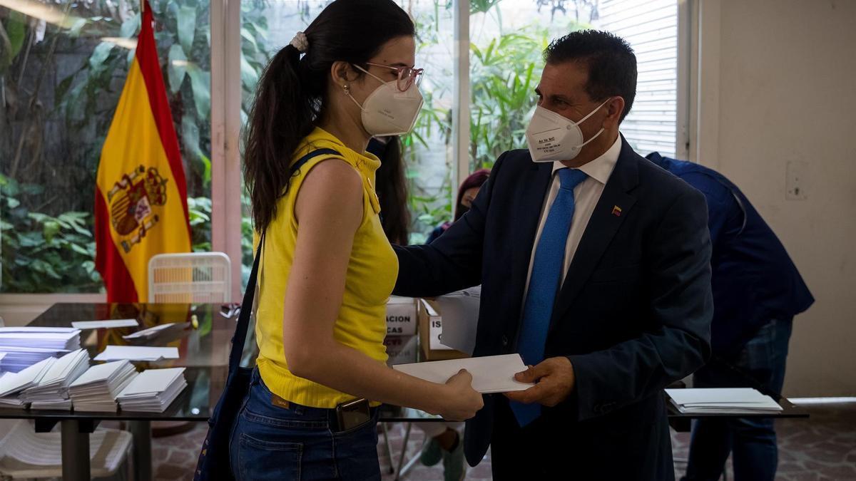 Juan Rafael Zamora Padrón en su visita a Venezuela. EFE/Miguel Gutiérrez