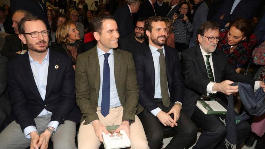 Javier Maroto, Teodoro García Egea, Pablo Casado y Mariano Rajoy, este jueves, durante la presentación del libro del eurodiputado Esteban González Pons, en Madrid.