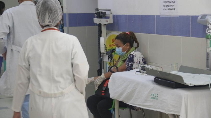 La covid-19 vuelve a saturar hospitales en las mayores regiones bolivianas