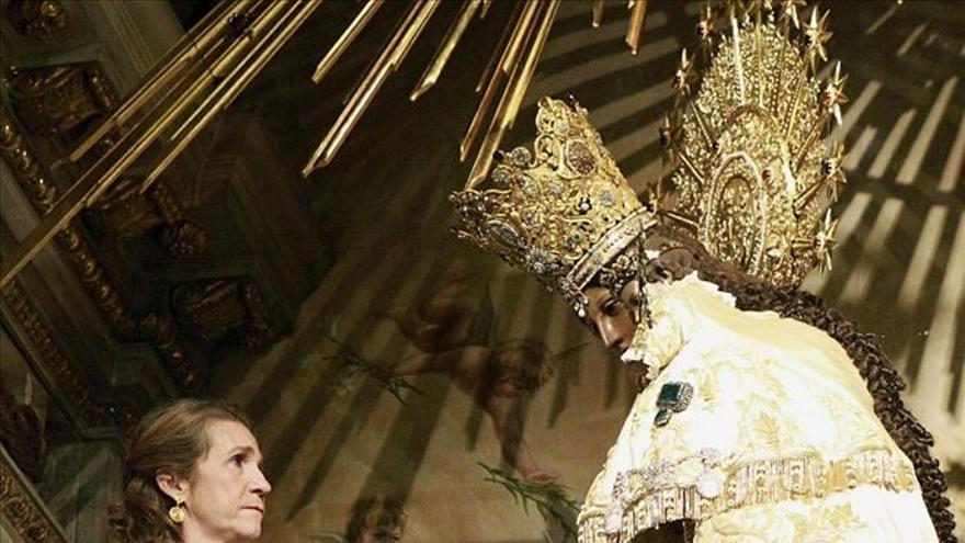 La infanta Elena preside la recepción a las Reales Maestranzas en Valencia