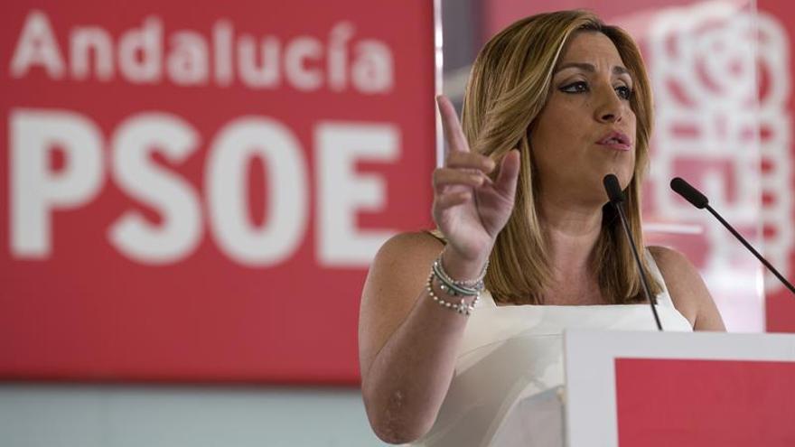 Díaz cree socialistas andaluces tienen aún más justificado votar no a Rajoy