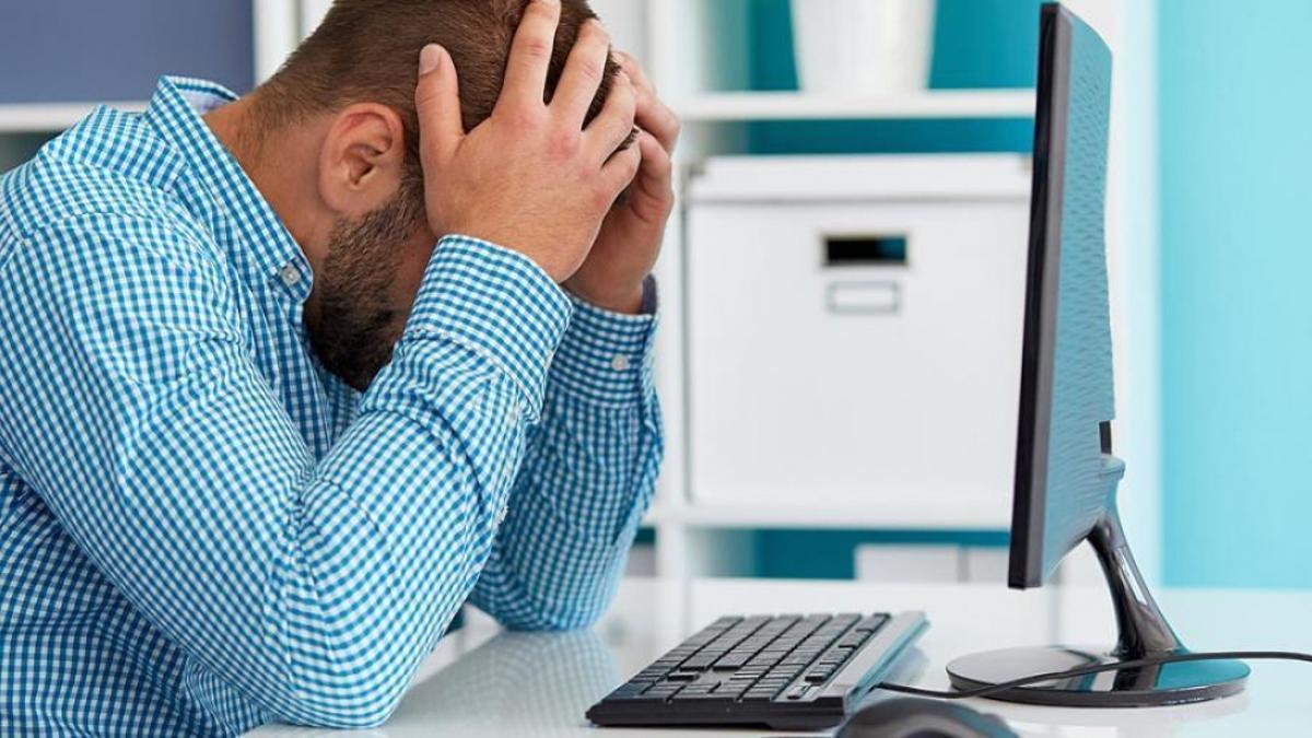 El dolor de cabeza encabezaba la lista de los síntomas más comunes en los contagiados con la variante Delta del coronavirus.