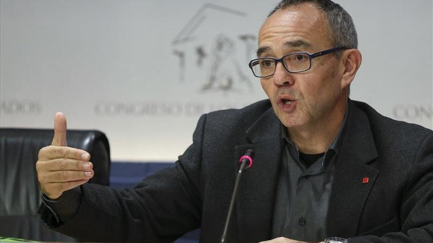 """Coscubiela critica la """"política xenófoba"""" del PP para ganar """"cuatro votos"""""""