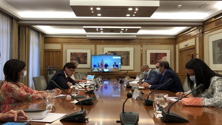 Castilla y Léon y Castilla-La Mancha piden a Madrid que endurezca las medidas contra la pandemia