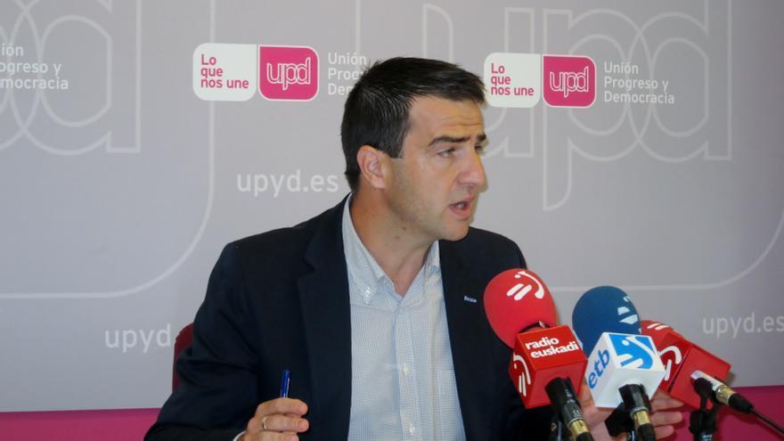 """UPyD cree """"complicado"""" un acuerdo presupuestario con PNV y PP, pero """"arrimará el hombro"""" para lograr las mejores cuentas"""