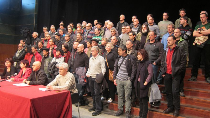 """Expresos de ETA piden """"liberar en 2014 a todos"""" los reclusos, aplicar el derecho a decidir y asumen """"su responsabilidad"""""""