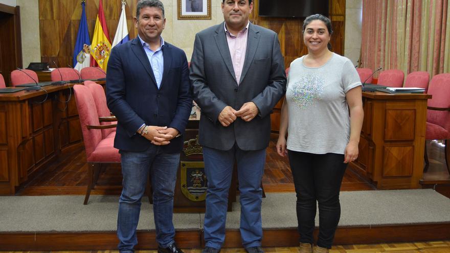 Orlando Umpiérrez, Basilio Pérez y Nieves Mary Rodríguez.