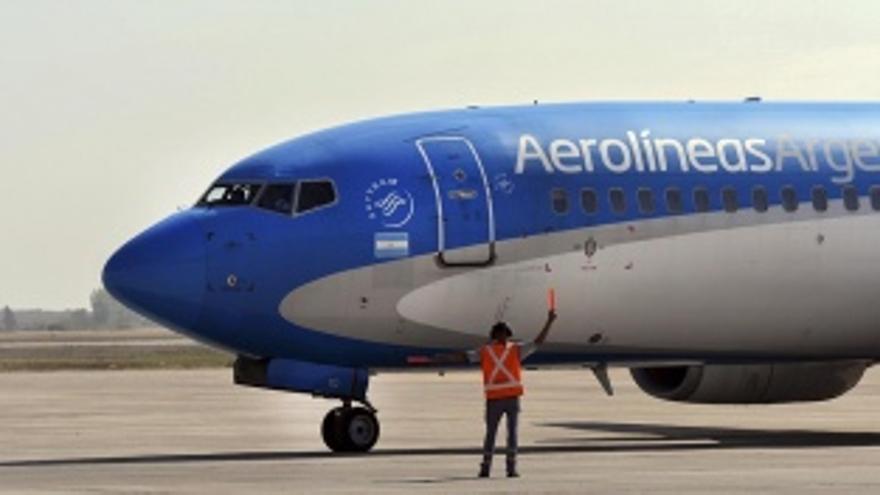 Partió el vuelo de Aerolíneas Argentinas para traer un millón de vacunas Sinopharm de China
