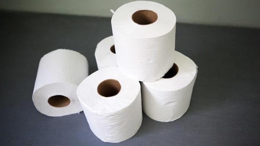 El sentimiento de amenaza ante la covid-19 llevó a almacenar papel higiénico