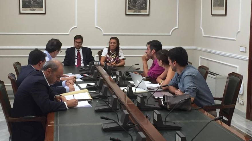 Un instante de la reunión de la comisión de investigación por el caso Taula en el ayuntamiento de Valencia