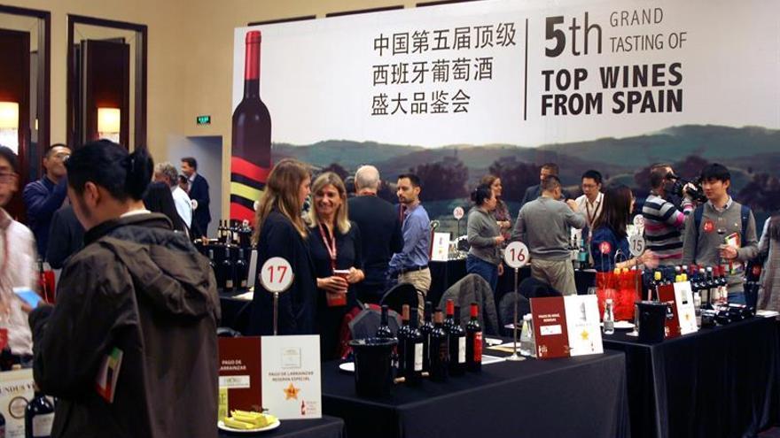 El vino español aumenta su espacio en China con Rioja como punta de lanza