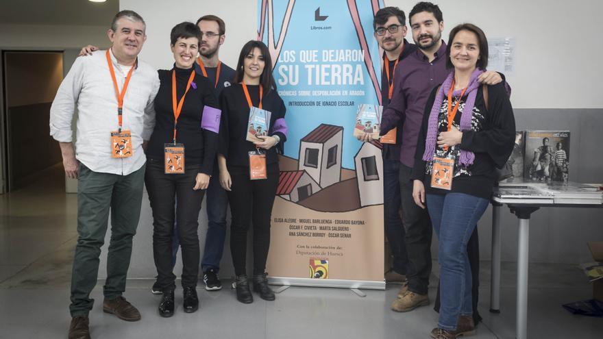 Los autores y autoras del libro en el Congreso de Periodismo Digital de Huesca