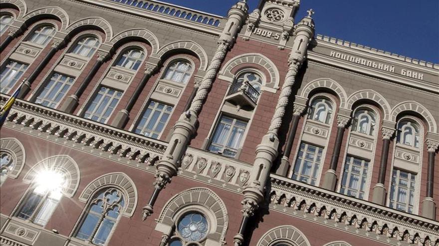 El Banco Nacional de Ucrania eleva la tasa de interés del 14 al 19,5 %