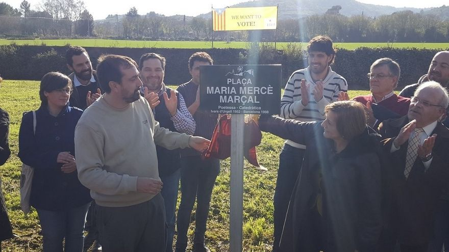 Celrà (Girona) rebautiza su plaza de la Constitución como plaza Maria Mercè Marçal