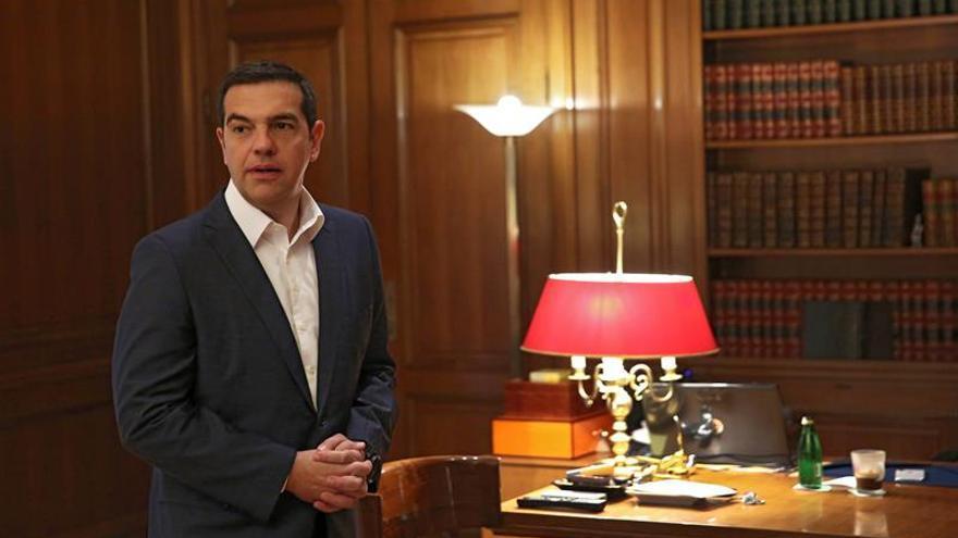 Tsipras confía en dar un impulso a la economía al evitar la bajada de las pensiones