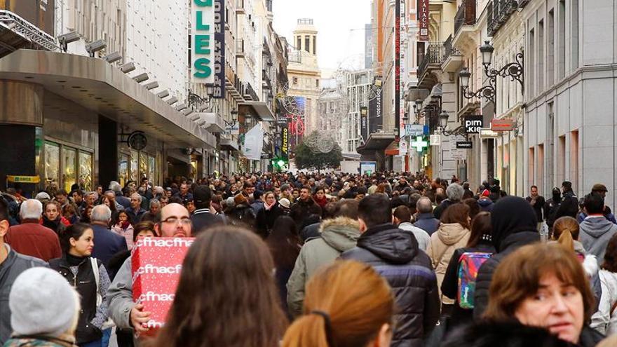 Los españoles gastarán 840 euros de media en Navidad, el 6 % más