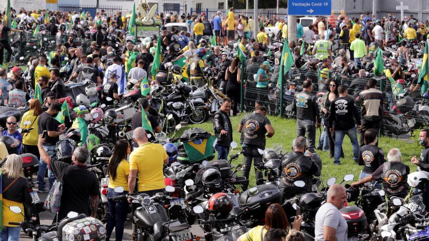 """""""Bolsonaristas"""" reclaman por la pérdida de miles de sus seguidores en Twitter"""