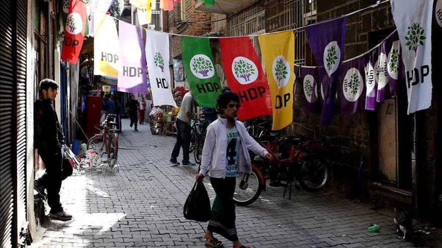 Se abren las urnas en las segundas legislativas turcas de este año
