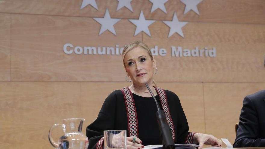"""Cifuentes manda su apoyo a Teresa Rodríguez y critica un """"comportamiento machista hacia un cargo público por ser mujer"""""""