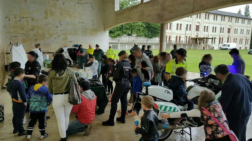 La Guardia Civil celebra una jornada de puertas abiertas en el recinto de Capuchinos de Alsasua