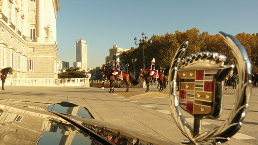 Defensa gasta casi un millón de euros en menos de año y medio en los caballos de la Guardia Real