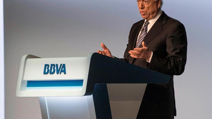 """González (BBVA): El """"Brexit"""" es perjudicial para el país, para Europa y el mundo"""