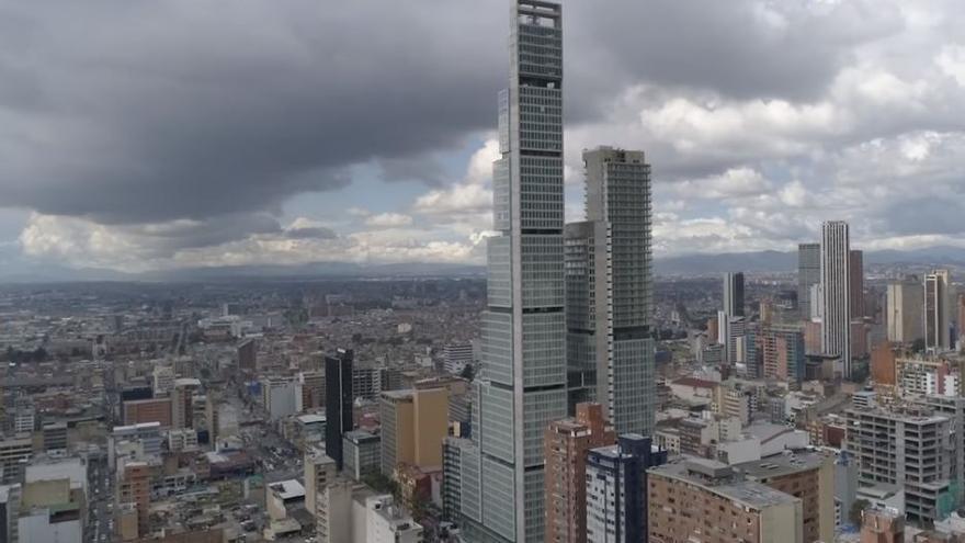 Complejo de oficinas, hotel y centro comercial BD Bacatá, en Bogotá.