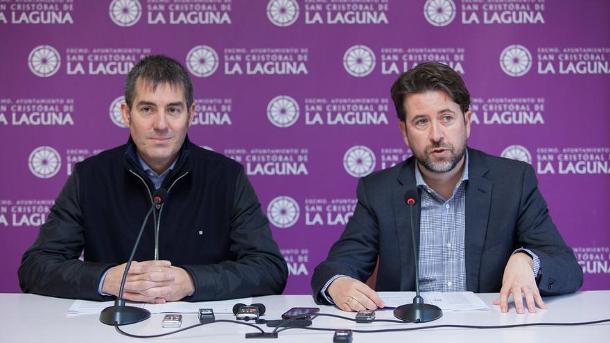 Fernando Clavijo y Carlos Alonso en rueda de prensa.